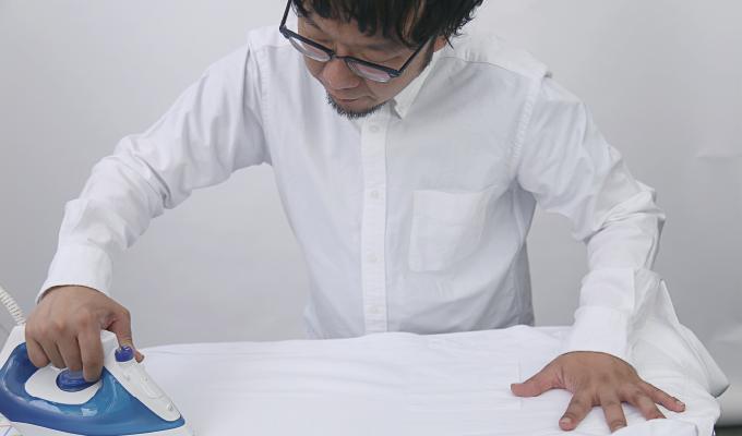 アイロンの簡単なかけ方はコレ。3つのステップでプロの仕上がりに【ワイシャツ・シャツ編】